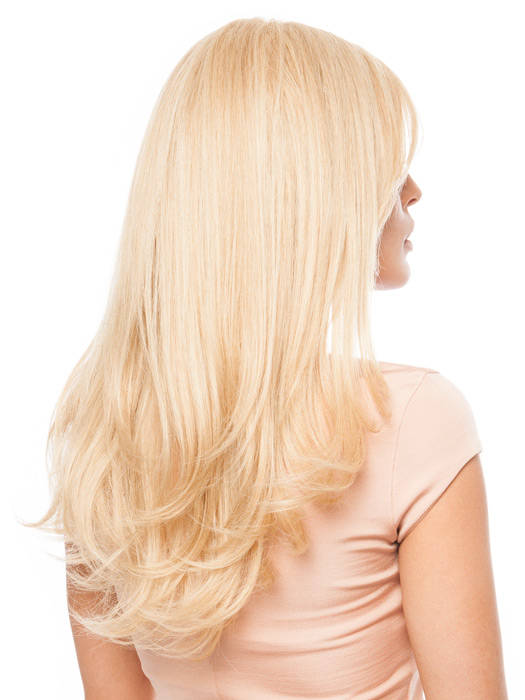Blow-dried with a round brush to add body | Color: 14/88H