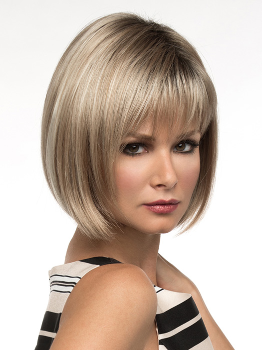 Soft layers and razored edges give this style a cutting edge appearance. | Color: Sparkling Champagne