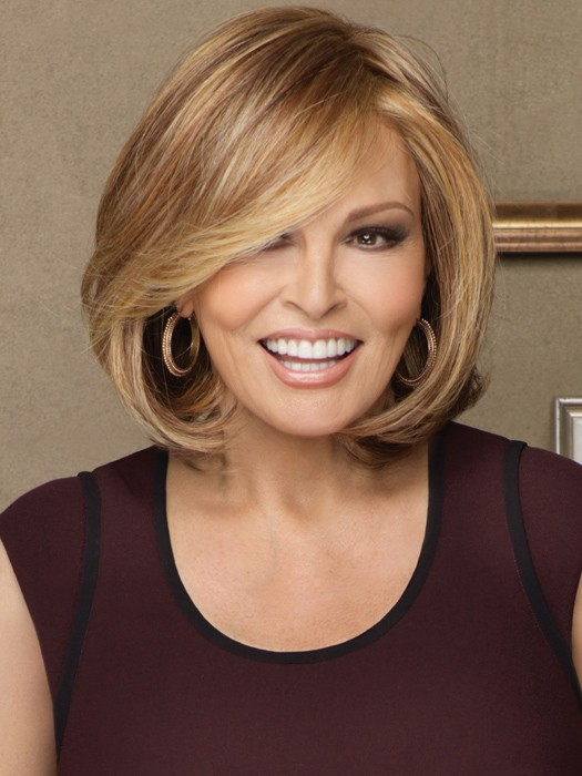 Upstage by Raquel Welch: Color RL29/25 - Golden Russet (Strawberry Blonde with Golden Blonde highlights)