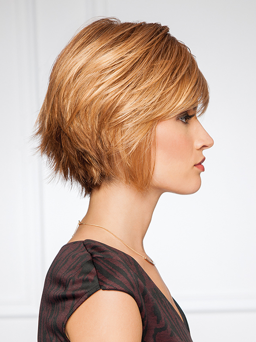 Sleek front layers and texturized back | Color: G27+ Ginger Mist
