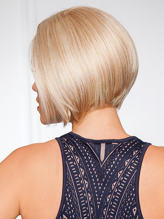 Silky, shiny and striaght | Color: GL14/22 Sandy Blonde- golden blonde with palest blonde highlights