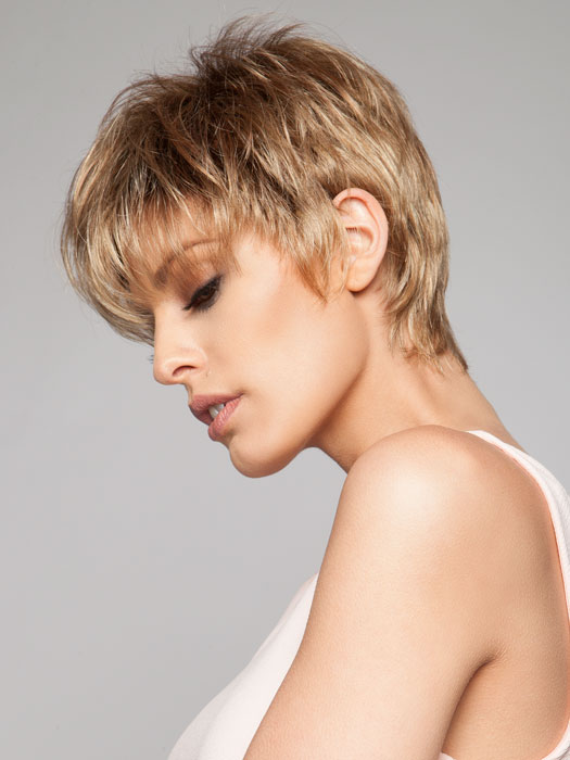 To create this look and accentuate texture, we used a small amount of Shaping Crème by Beautimark