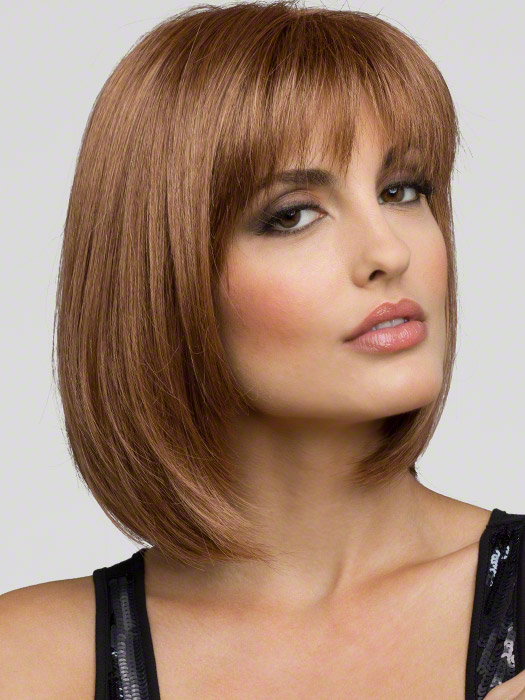Envy Wigs Carley Wig : Color Light Brown (2 tone color with Light Golden brown and dark blonde highlights)