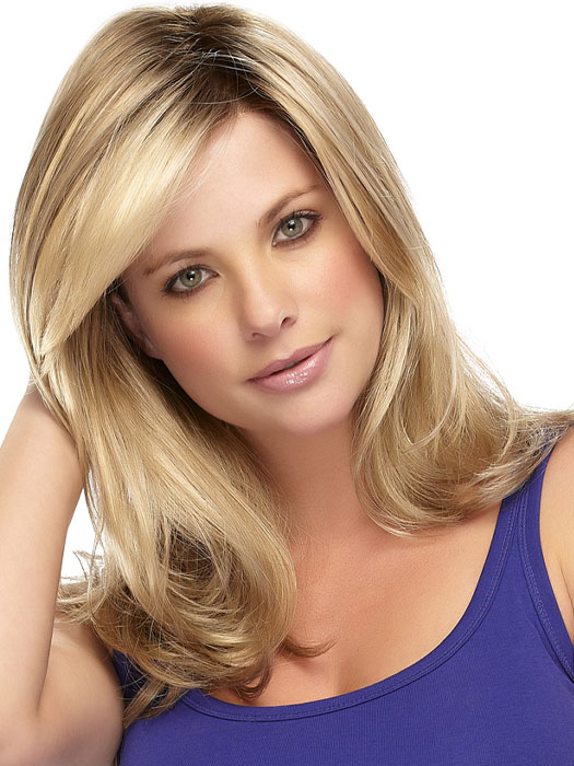 Gisele Wig: Color 12FS8 Shaded Praline (Golden Brown/Warm Platinum Blonde/Plat. Blonde Blend, Shaded w/ Med Brown)