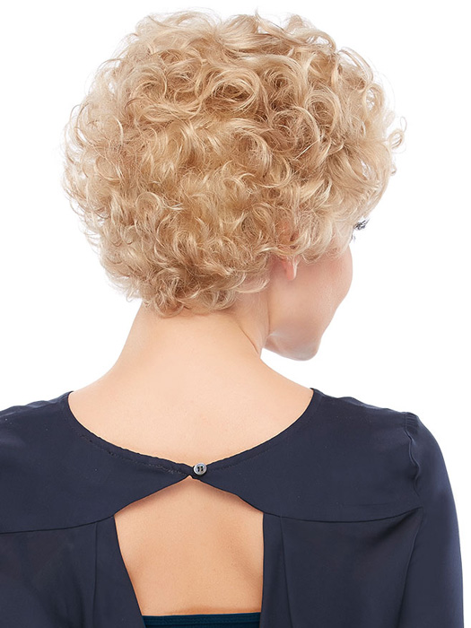 All-over curls with volume | Color: 22F16