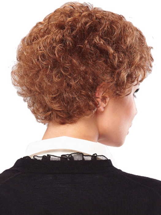 Layers with soft curls at the nape | Color: 12/30BT