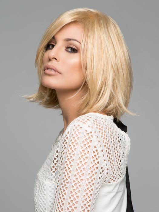 Top Color : FS613/24B- Golden Blonde w/Pale Natural Gold Blonde Bold Highlights