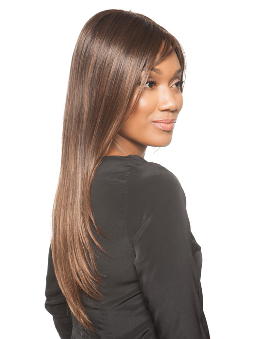 Long smooth layers and highlighted colors bring this style to life | Color: Ginger-Brown