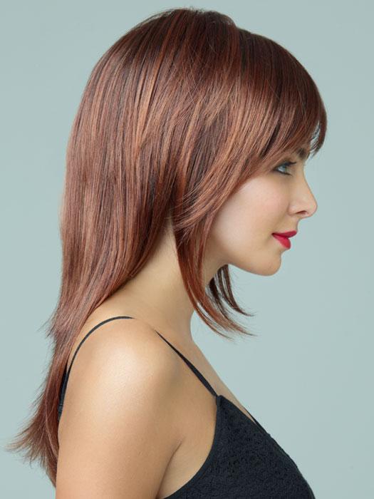 Revlon Wigs Serena : Razor Cut | Color 33/32C (Cherry Cola)