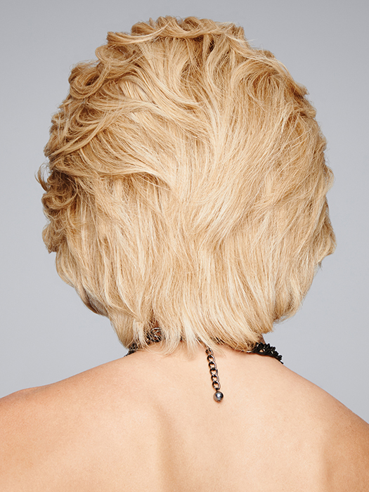 Layered, short cut | Color: R14/88H