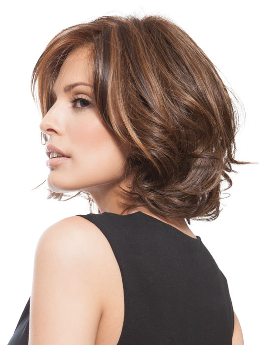 Crowd Pleaser is a polished mid-length cut with light waves