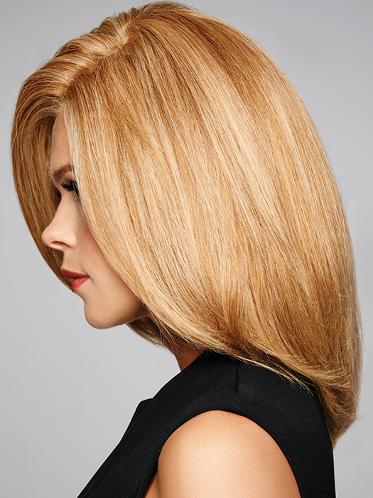 Lace Front- Mimics a natural hairline and allows for styling away from the face | Color: R25