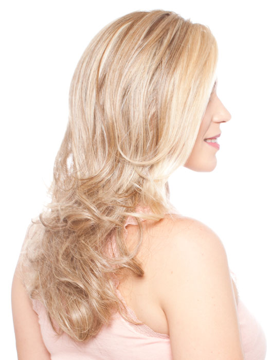Color: RL16/88 | Honey Blonde With Pale Gold Highlights and Light Brown Lowlights