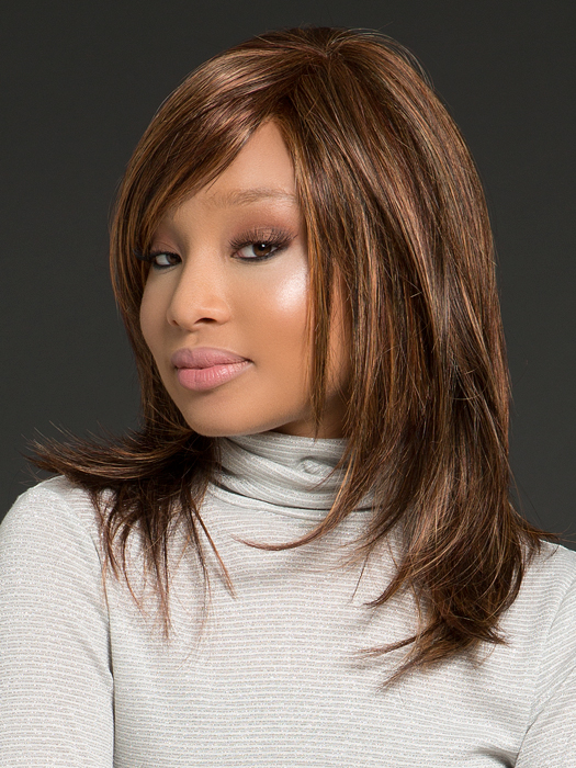 Feathers layers with a side bang | Color: R3329S+