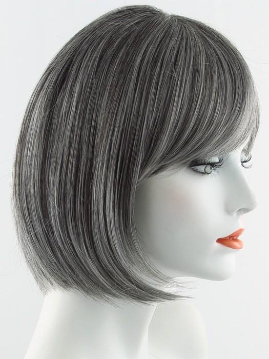 Raquel Welch Classic Cut Best Seller Wigs Com The